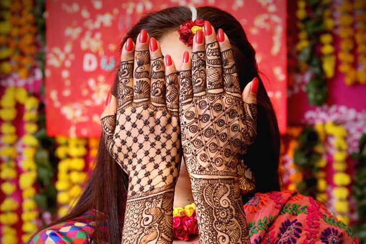 Hindu bride with mehndi